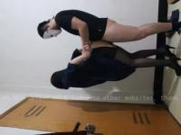 【預計3月2日20時下載地址生效】性感黑丝高跟正妹被壮汉疯狂后入 修长美腿细腰完美身材 浪叫呻吟声诱人不断
